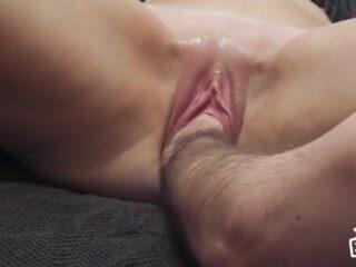 סרטי סקס החדרת יד